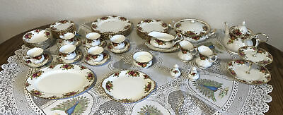 48 Piece Royal Albert Old Country Roses Set • 150£