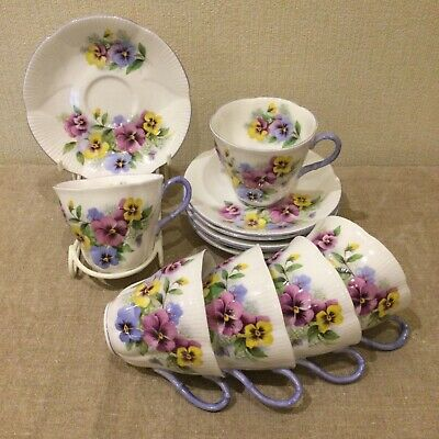 Royal Albert Vintage Pansy 6 Coffee / Tea Cups & Saucers, Scalloped Edged • 20£