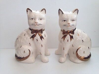 Pottery Pair Of Cats • 32.95£