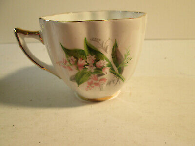 Vintage Clarence, England Bone China Cup W/Gold Trim • 6.94£