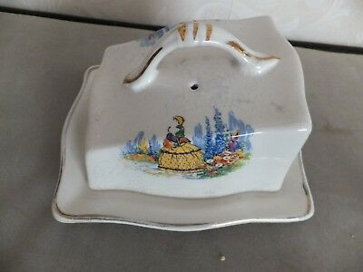 Arther Wood Butter Dish • 9£