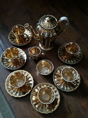 Wade Gold Tone Coffee Set • 9£