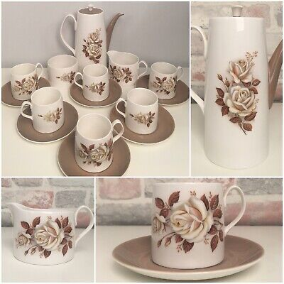Beautiful Vintage Queen Anne China English Tea Service Set Cream/Brown Floral • 23.99£