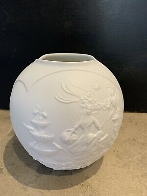 Kaiser Germany White Bisque Pottery Vase 6  High Approx Mid Century Lady Birds • 16£