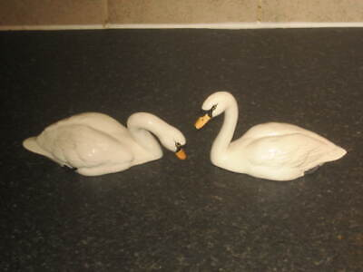 Fine Pair Of Beswick  Swan  Figures  Models 1685 And 1684 • 45£