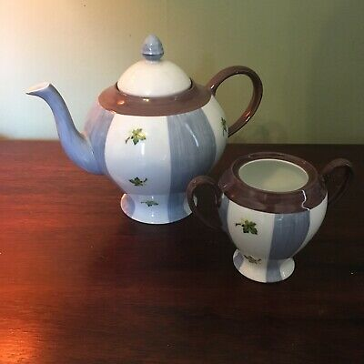 Marion Rebecca Teapot And Sugar Bowl • 2.47£