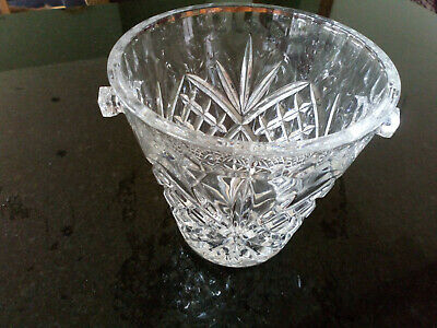 Royal Doulton Crystal Champagne Bucket • 20£