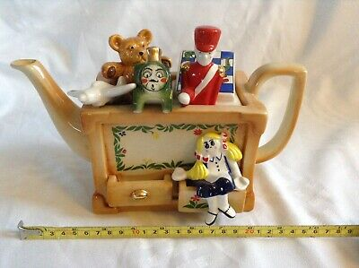Cardew Novelty Collectable Lge Teapot  Ragdoll Toybox Perfect Condition • 24£