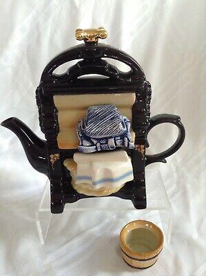 Cardew Novelty Collectable Lge Teapot Wartime Mangle And Sugar Perfect Condition • 28£
