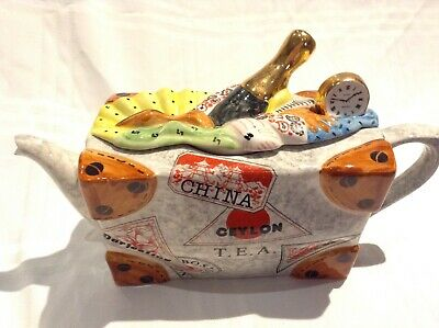 Teapottery Swineside Novelty Collectable Teapot Travel Suitcase Great Condtion • 22£