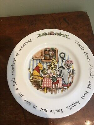Royal Doulton Winnie The Pooh Plate • 7.50£
