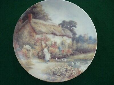 Painted Plate- Ivory Cottage Style (Pre Owned) • 1£