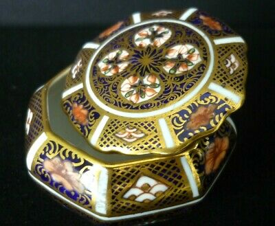 Royal Crown Derby Imari 1128 Beautiful 1930 Small Octagonal Box And Cover • 75£