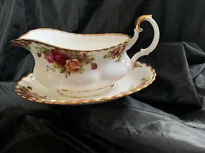 Royal Albert Old Country Roses Sauce / Gravy Boat + Saucer Set • 9.99£