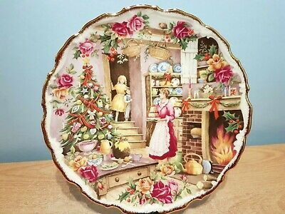 Royal Albert Old Country Roses Celebration Plate  Christmas Treats .1st Quality. • 11.50£