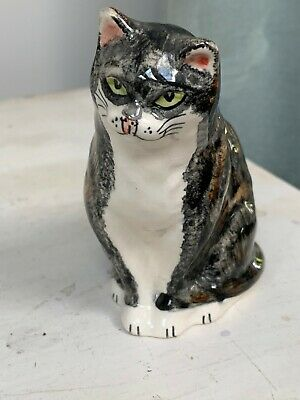 Vintage Small Cat Figurine Babbacombe Pottery • 5£