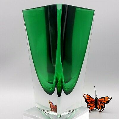 Krosno Vase Jade Green To Clear Triangular Art Glass • 22.42£