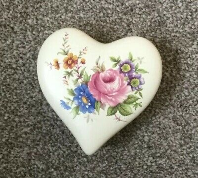 Axe Vale Studio Pottery Devon - Floral Heart Shaped Trinket Box • 3.50£