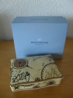 Pretty Wedgwood Bone China Playing Card Box With 2 Sets Cards - Atlas Design. • 7.50£