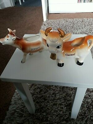 1 Jersey And 1 Guernsey Cow Milk Pourers  • 13£