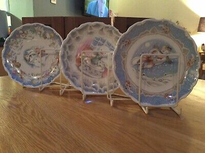 Royal Doulton  Snowman Gift Collection Set Of 3 Plates Walking Dance & Xmas Cake • 55£