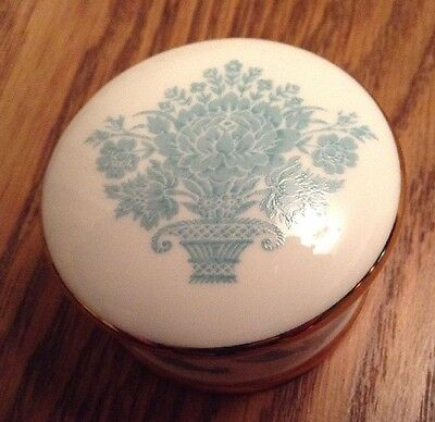 Buckingham Palace 1994 Bone China Pill Box - Royal Family • 10£