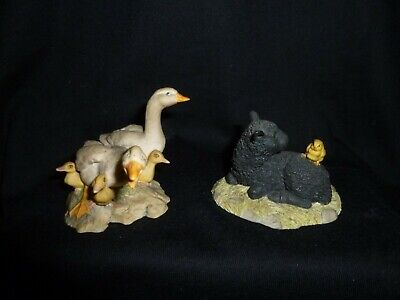 2 Schmid Border Fine Arts Figures - Sheep And Geese • 5£