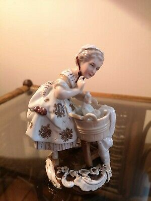Meissen Porcelain Figurine Of Girl Washing Clothes - Immaculate • 60£