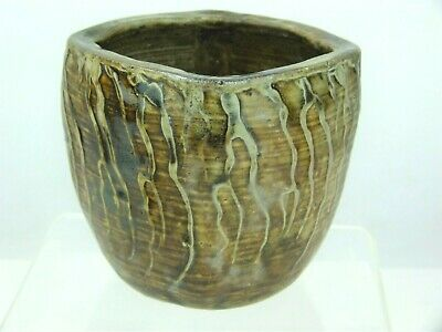 A Rare Martin Brothers Arts And Crafts Organic Vase With Applied Tendrils. • 365£