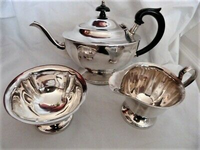 A Vintage Little Used An EPNS Sheffield Teapot With Milk & Sugar • 15£