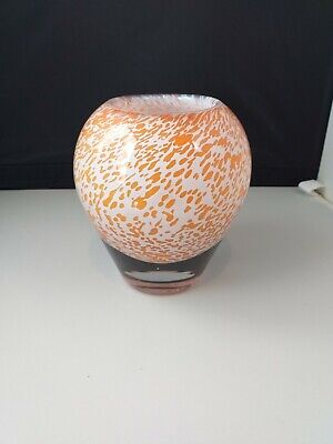 Wedgwood Glass Vase • 4.99£