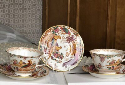 Royal Crown Derby Olde Avesbury Teacups, Saucers And Plates All Firsts VGC • 20£