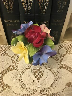 ROYAL ALBERT Sweet Pea FLOWER OF THE MONTH POSY • 12£