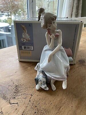 Lladro 'chit Chat' Figurine 5466  Girl On The Phone With Her Dog 1987 • 31.50£