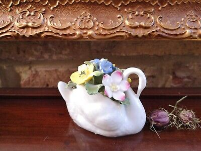 Aynsley Fine Bone China Swan, Filled With Sweet Flowers, Made In England • 8£
