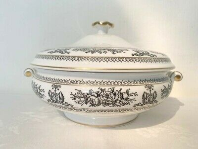A Vintage Wedgwood Black Columbia Tureen With Lid (Read Info). • 49£