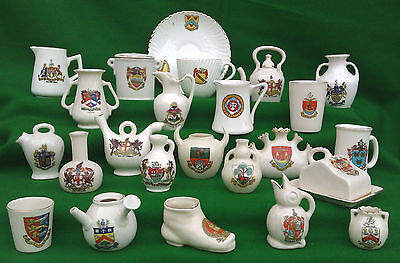 LARGE COLLECTION OF CRESTED CHINA - ARCADIAN,GEDDES, CARLTON Etc • 49.99£