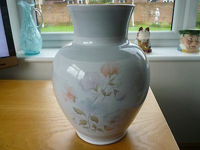 Denby Dauphine Large Stoneware Vase Hand Crafted Excellent Condition • 29.99£