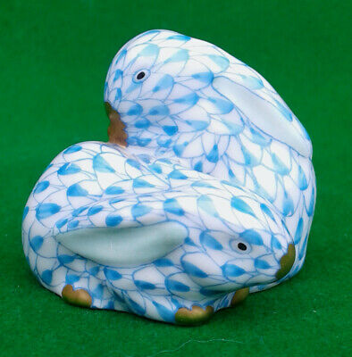 Herend 2 Blue Fishnet Rabbits In A Huddle - 5324. • 69.99£