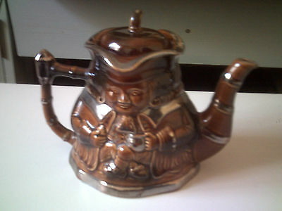 Collectable  Teapot    By   Price   Kensington , Toby Jug Design • 9.99£
