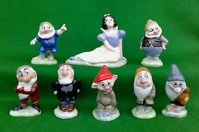 Wade Walt Disney - Complete Set Of Snow White And The Seven Dwarfs Figures. • 224.99£