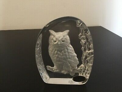 Wedgwood Crystal Paperweight - Owl • 10£