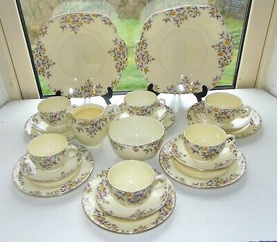 Crown Staffordshire  22 PC Teaset F15504 Coloured Berries 6 X Cups Saucers Plate • 55£