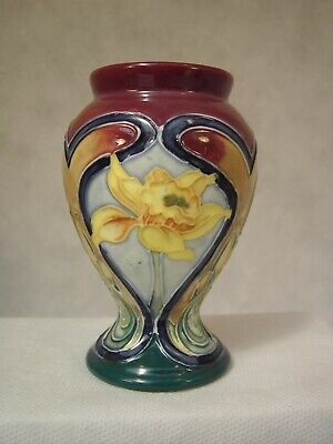 Old Tupton Ware Daffodils By Jeanne McDougall Mini Vase • 35£