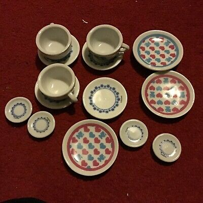 Childs Pottery Cup & Saucers Play Set • 2£