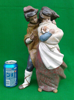 """Lladro - """"facing The Wind"""" - Gres Finish - 1279. • 124.99£"""