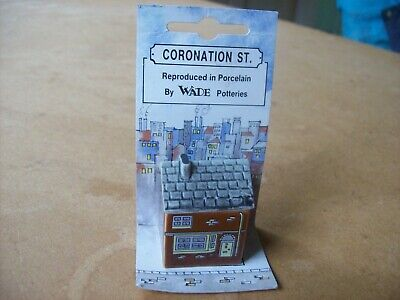 WADE - CORONATION STREET HOUSES - The Duckworths -  Good Used Condition • 5£