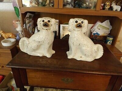 Pair Of Vintage Staffordshire Dogs With Rare Glass Eyes • 10£
