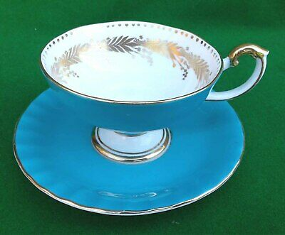 Aynsley Footed Tea Cup & Saucer – Turquoise / Blue & Gold. • 12.99£