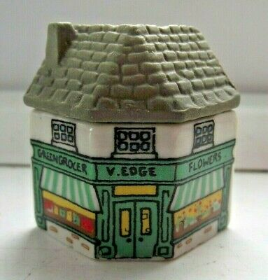 WADE WHIMSIES WHIMSEY ON WHY HOUSE V EDGE GREENGROCER SHOP No9 EXCELLENT C PICS • 0.99£